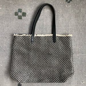 Kelsi Dagger Leather and Raffia Tote Bag: Blk/Nat.